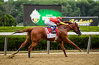 Elmont, NY - JUNE 09: #1, Justify, with Jockey Mike Smith on their way to the finish line for Trainer Bob Baffert during the 150th running of the Belmont Stakes at Belmont Park on June 9, 2018 in Elmont, New York. (Photo by Carson Dennis/Eclipse Sportswire/Getty Images)