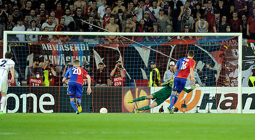 25.04.2013 Basel, Switzerland. Fabian Schär of FC Basel scores an 87th minute penalty to equalise during the Europa League Semi Final 1st Leg game between FC Basel and Chelsea from St. Jakob-Park.