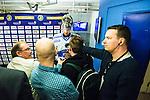 Stockholm 2014-05-03 Ishockey Oddset Hockey Games  Sverige - Finland :  <br /> Finlands m&aring;lvakt Pekka Rinne intervjuas efter matchen<br /> (Foto: Kenta J&ouml;nsson) Nyckelord:  Oddset Hockey Games Sverige Swe Tre Kronor Finland Fin Globen Ericsson Globe Arena intervju