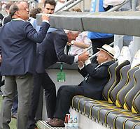 Der aus Aachen stammende Ehrenpräsident des DFB Egidius Braun ist im Stadion und wird begrüßt - 05.06.2019: Öffentliches Training der Deutschen Nationalmannschaft DFB hautnah in Aachen