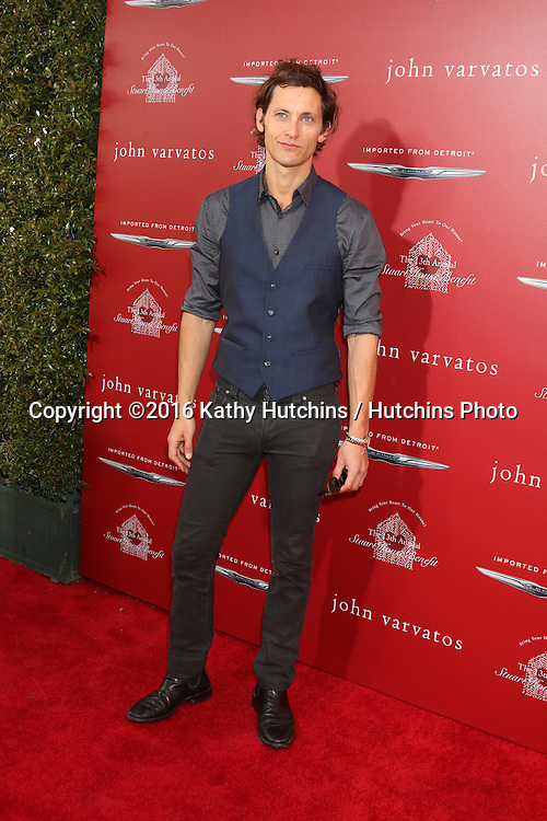 LAS VEGAS - APR 17:  Tanc Sade at the John Varvatos 13th Annual Stuart House Benefit at the John Varvatos Store on April 17, 2016 in West Hollywood, CA