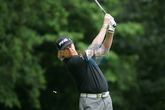 Miguel Angel Jimenez on the 2nd hole in the final round at the Wentworth Club, Surrey, England - 25th May 2008 (Photo by Manus O'Reilly/GOLFFILE)