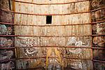 L'église du Fougy à Bourg Saint Léonard dans l'Orne. Françoise Lecaplain est la gagnante du concours du patrimoine organisé par le pelerin, pour la restauration du décors sur bois peint de la voute.  Au centre la Trinité encadré par deux anges sonnant les trompettes. Sur la partie gauche les Saints sont représentés et à droite il s'agit des apotres.