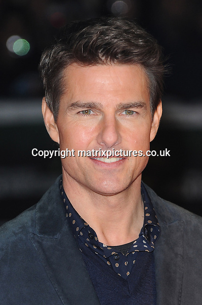 NON EXCLUSIVE PICTURE: PAUL TREADWAY / MATRIXPICTURES.CO.UK.PLEASE CREDIT ALL USES..WORLD RIGHTS..American actor Tom Cruise is pictured attending the world premiere of his new film 'Jack Reacher' held at the Odeon Leicester Square in Central London today...DECEMBER 10TH 2012..REF: PTY 125852