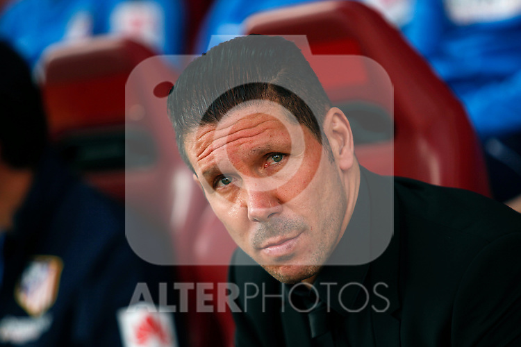 Simeone will be coach from Atletico Madrid until 2020, in the pic: Atletico de Madrid¥s coach Diego Pablo Simeone during 2014-15 La Liga match between Atletico de Madrid and Deportivo de la CoruÒa at Vicente Calderon stadium in Madrid, Spain. November 30, 2014. (ALTERPHOTOS/Victor Blanco)