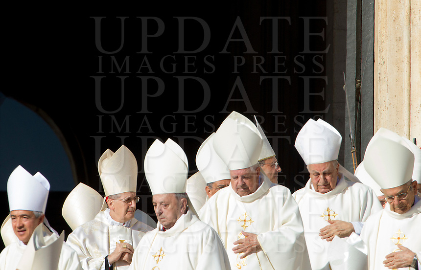 Prelates arrive to attend a canonization ceremony celebrated by the Pope in St. Peter's Square at the Vatican, October 15, 2017. The pontiff canonized Italian Capuchin priest  Angelo of Acri, Spanish priest Faustino Miguez, the Child Martyrs of Tlaxcala, (Mexico) Cristobal, Antonio and Juan, and the Martyrs of Natal, Jesuit priest Andre de Soveral, diocesan priest Ambrosio Francisco Ferro, layman Mateus Moreira and 27 others, killed in 1645 in an anti-Catholic persecution carried out by Dutch Calvinists in Natal, Brazil. <br /> UPDATE IMAGES PRESS/Riccardo De Luca<br /> <br /> STRICTLY ONLY FOR EDITORIAL USE