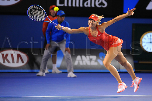 31.01.2015. Melbourne, Australia. 2015 Australian Open Tennis Championships, Ladies singles Final. Serena Williams versus Maria Sharapova.  Maria Sharapova (RUS) lost to Serena Williams in 3 sets 6-3 7-6 (7-5) after fighting back in the second set