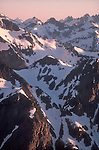 Ptarmigan Traverse, North Cascades National Park, view from Mount Baker Snoqualmie National Forest, Cascade Mountains, Pacific Northwest, Washington State, U.S.A., North America, sunrise, cold photographer,