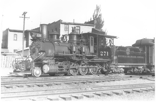 3/4 fireman's-side view of D&amp;RGW #271 switching the San Juan in the Durango yards.<br /> D&amp;RGW  Durango, CO  Taken by Perry, Otto C. - 5/27/1939
