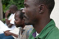 Richiedenti asilo provenienti dalla Libia, accolti nel centro immigrati di via Conciliazione, raccontano la loro fuga dal paese. Varese, 3 giugno 2011...Asylum seekers, coming from Lybia, lodged in Immigrants Center of Conciliazione street, talk about their escape form the country. Varese, June 3, 2011