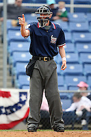 May 3, 2009:  Home Plate Umpire Scott Mahoney during a game at the NYSEG Stadium in Binghamton, NY.  Photo by:  Mike Janes/Four Seam Images