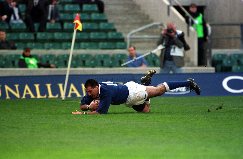 Photo. Richard Lane..Stroud v Bedford Athletic at Twickenham. 2/5/98. Mark Nicholson goes over for a second half try.