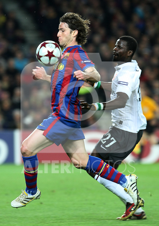 FC Barcelona's Maxwell (l) and Arsenal's Emmanuel Eboue  during UEFA Champions League match. April 6, 2010. (ALTERPHOTOS/Acero)