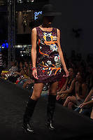 SÃO PAULO-SP-03.03.2015 - INVERNO 2015/MEGA FASHION WEEK - Grife Banila B/<br /> O Shopping Mega Polo Moda inicia a 18° edição do Mega Fashion Week, (02,03 e 04 de Março) com as principais tendências do outono/inverno 2015.Com 1400 looks das 300 marcas presentes no shopping de atacado.Bráz-Região central da cidade de São Paulo na manhã dessa segunda-feira,02.(Foto:Kevin David/Brazil Photo Press)