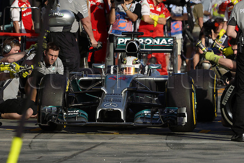 16.03.2014. Albert Park, Melbourne, Australia. FIA Formula One   World Championship 2014, Grand Prix of Australia, 44 Lewis Hamilton (GBR, Mercedes AMG Petronas F1 Team) car comes into the pit to retire with engine failure