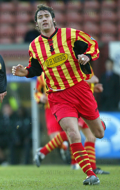 Kenny Milne, Partick Thistle.Stock Season 2003-2004.pic willie vass