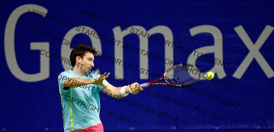 Tennis.Gemax Open 2010.Alex Bogdanovic (GBR) Vs. Michal Przysiezny (POL).Alex Bogdanovic returnes.Belgrade, 19.02.2010..foto: Srdjan Stevanovic©
