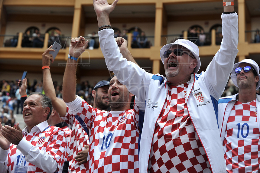 BOGOTA - COLOMBIA – 17 – 09 -2019: Fanáticos de Croacia, celebran la victoria sobre Colombia, durante partido de la Copa Davis entre los equipos de Colombia y Croacia, partidos por el ascenso al Grupo Mundial de Copa Davis por BNP Paribas, en la Plaza de Toros La Santamaria en la ciudad de Bogota. / Fans of Croatia, celebrate the victory over Colombia, during a Davis Cup match between the teams of Colombia and Croatia, match promoted to the World Group Davis Cup by BNP Paribas, at the La Santamaria Ring Bull in Bogota city. / Photo: VizzorImage / Luis Ramirez / Staff.
