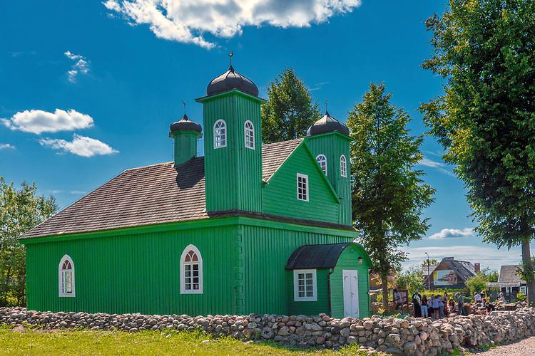 Drewniany meczet muzułmański w Kruszynianach, Polska<br /> Wooden Muslim Mosque in Kruszyniany, Poland