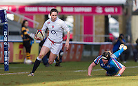 Ruth Laybourn makes a break up the wing, England Women v Italy Women in Women's 6 Nations Match at Twickenham Stoop, Twickenham, England, on 15th February 2015. Final score 39-7.