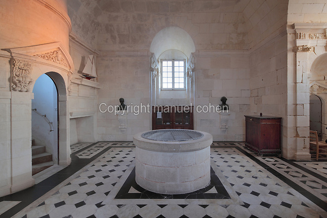 King's Apartment, designed in 1664 under Colbert during the reign of King Louis XIV, on the first floor of the Phare de Cordouan or Cordouan Lighthouse, built 1584-1611 in Renaissance style by Louis de Foix, 1530-1604, French architect, located 7km at sea, near the mouth of the Gironde estuary, Aquitaine, France. This is the oldest lighthouse in France. There are 4 storeys, with keeper apartments and an entrance hall, King's apartments, chapel, secondary lantern and the lantern at the top at 68m. Parabolic lamps and lenses were added in the 18th and 19th centuries. The lighthouse is listed as a historic monument. Picture by Manuel Cohen
