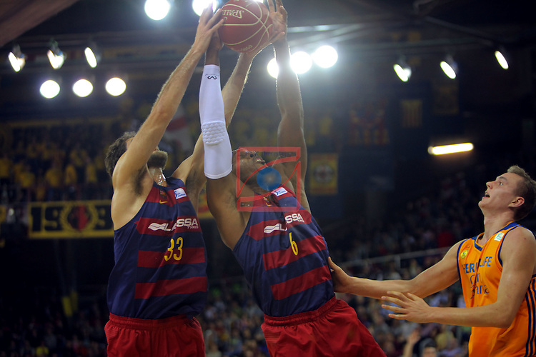 League ACB-ENDESA 2016/2017. Game: 11.<br /> FC Barcelona Lassa vs Herbalife Gran Canaria: 79-78.<br /> Stratos Perperoglu, Joey Dorsey &amp; Anzejs Pasecniks.