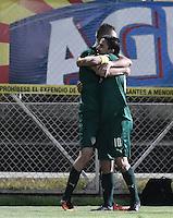 BOGOTÁ -COLOMBIA, 18-09-2016. Jean Carlo Blanco (Izq) jugador de La Equidad celebra con Stalin Motta después de anotar el segundo gol de su equipo a Deportes Tolima durante partido por la fecha 13 de la Liga Águila II 2016 jugado en el estadio Metropolitano de Techo de la ciudad de Bogotá./ Jean Carlo Blanco (L) of La Equidad celebrates after scoring the swecond goal to Deportes Tolimaduring match for the date 13 of the Aguila League II 2016 played at Metropolitano de Techo stadium in Bogotá city. Photo: VizzorImage/ Gabriel Aponte / Staff