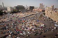 08/02/2012..After five days of clashes between protesters and the police, Cairo and the surrounding of Tahrir Square is quiet again, only graffitis and burned cars remain in the streets of the clashes. ..Cinq jours apres le commencement des affrontements entre manifestants et policiers, la ville du Caire et les environs de Tahrir Square retrouve son calme. Seuls les graffitis et les voitures brulees restent dans les rues des affrontements.