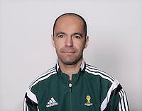 FUSSBALL Fototermin FIFA WM Schiedsrichterassistenten 09.04.2014 Jose TRIGO (Portugal)