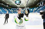 Stockholm 2014-11-16 Ishockey Hockeyallsvenskan AIK - IF Bj&ouml;rkl&ouml;ven :  <br /> Bj&ouml;rkl&ouml;vens Lucas Sandstr&ouml;m firar segern efter matchen mellan AIK och IF Bj&ouml;rkl&ouml;ven <br /> (Foto: Kenta J&ouml;nsson) Nyckelord:  AIK Gnaget Hockeyallsvenskan Allsvenskan Hovet Johanneshov Isstadion Bj&ouml;rkl&ouml;ven L&ouml;ven IFB jubel gl&auml;dje lycka glad happy