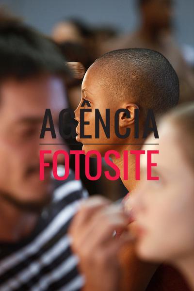 Rio de Janeiro, Brasil – 11/01/2011 - Backstage de Filhas de Gaia durante o Fashion Rio  -  Inverno  2011. Foto : Gustavo Scatena / Agência Fotosite