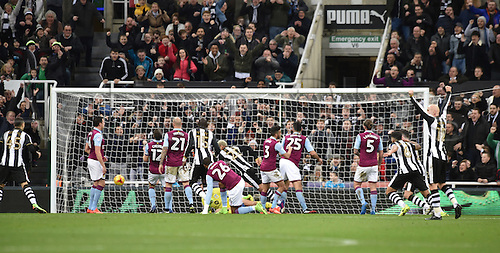 February 20th 2017, St James Park, Newcastle, England; Skybet Championship football, Newcastle versus Aston Villa; Yoan Gouffran of Newcastle United scores before the break