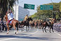 SAO PAULO, SP, 09.07.2016 - REVOLUÇÃO1932- Desfile em comemoração à Revolução Constitucionalista de 1932 na região do Parque do Ibirapuera em São Paulo, neste sábado, 09  (Foto: Darcio Nunciatelli/Brazil Photo Press)