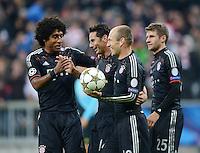FUSSBALL   CHAMPIONS LEAGUE   SAISON 2012/2013   GRUPPENPHASE   FC Bayern Muenchen - LOSC Lille                          07.11.2012 JUBEL FC Bayern; Dante, Claudio Pizarro, Arjen Robben und Thomas Mueller (v.li.)