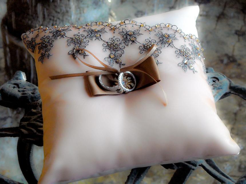 AAP/AJ ALEXANDER- Wedding Rings<br /> Photo by AJ ALEXANDER