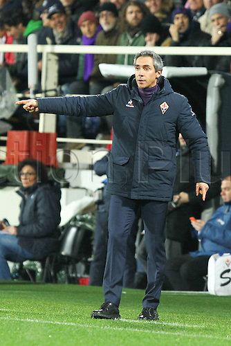29.02.2016. Stadium Artemio Franchi, Florence, Italy.  Serie A football league. Fiorentina versus Napoli. Sousa Paulo, coach of Fiorentina, gives his team instructions