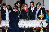 ATENCAO EDITOR IMAGENS EMBAGADAS PARA VEICULOS INTERNACIONAIS - <br /> A cantora Vanderleia, os cantores Agnaldo Rayol (C) e o cantor Ronnie Von comparecem ao vel&oacute;rio do corpo da apresentadora Hebe Camargo, no Pal&aacute;cio dos Bandeirantes, sede do Governo do Estado de S&atilde;o Paulo, na capital paulista, neste s&aacute;bado. Hebe morreu hoje aos 83 anos, de parada card&iacute;aca, na sua casa no bairro do Morumbi, na capital paulista. Diagnosticada com c&acirc;ncer no perit&ocirc;nio em janeiro de 2010, ela lutava contra a doen&ccedil;a desde ent&atilde;o. (FOTO: LEVI BIANCO / BRAZIL PHOTO PRESS).