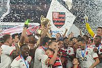 RIO DE JANEIRO, RJ, 21.04.2019 - FLAMENGO-VASCO - Jogadores do Flamengo comemoram o título do Campeonato Carioca 2019 no estádio do Maracanã no Rio de Janeiro, neste domingo, 21.(Foto: Clever Felix/Brazil Photo Press)