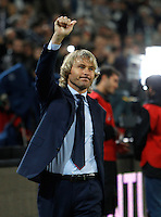 Calcio, Serie A: Juventus vs Lazio. Torino, Juventus Stadium, 18 aprile 2015.<br /> Juventus advisor Pavel Nedved gestures to fans prior to the start of the Italian Serie A football match between Juventus and Lazio at Turin's Juventus Stadium, 18 April 2015.<br /> UPDATE IMAGES PRESS/Isabella Bonotto