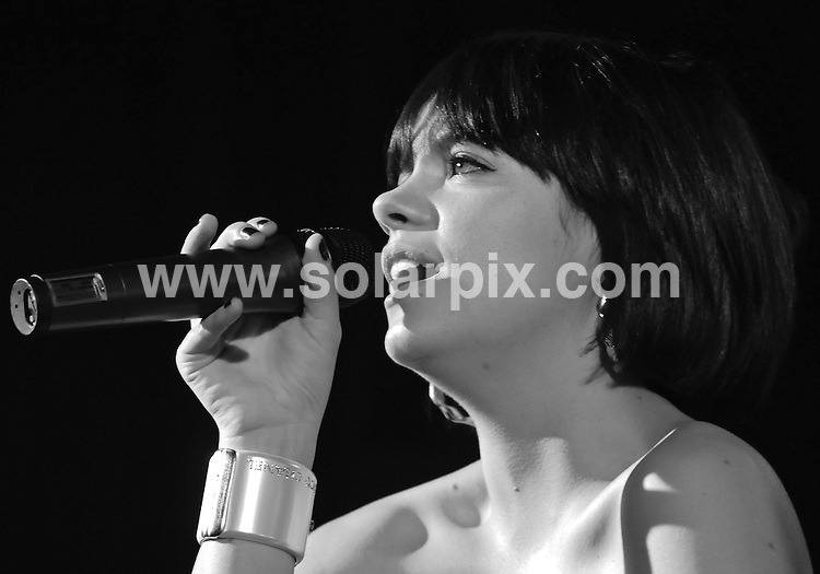 **ALL ROUND PICTURES FROM SOLARPIX.COM**.**WORLDWIDE SYNDICATION RIGHTS**.Lily Allen in concert at Shepherds Bush Empire, London, UK. 26 March 2009..This pic: Lily Allen..JOB REF: 8728 SSD     DATE: 26_03_2009.**MUST CREDIT SOLARPIX.COM OR DOUBLE FEE WILL BE CHARGED**.**ONLINE USAGE FEE GBP 50.00 PER PICTURE - NOTIFICATION OF USAGE TO PHOTO @ SOLARPIX.COM**.**CALL SOLARPIX : +34 952 811 768 or LOW RATE FROM UK 0844 617 7637**