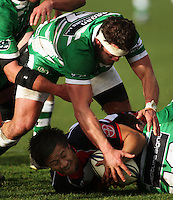 Manawatu flanker Doug Tietjens reaches to take the ball from Tim Nanai-Williams at the breakdown during the Air NZ Cup rugby match between Manawatu Turbos and Counties-Manukau Steelers at FMG Stadium, Palmerston North, New Zealand on Sunday, 2 August 2009. Photo: Dave Lintott / lintottphoto.co.nz