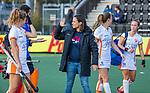 AMSTELVEEN - coach Tina Bachmann (OR) met Laura Nunnink (OR) en keeper Rachelle Groot (OR)   na de hoofdklasse hockeywedstrijd dames,  Amsterdam-Oranje Rood (2-2) .   COPYRIGHT KOEN SUYK