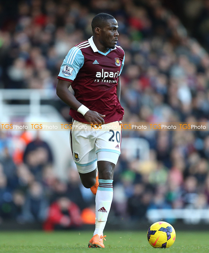 Guy Demel of West Ham - West Ham United vs West Bromwich Albion, Barclays Premier League at Upton Park, West Ham - 28/12/13 - MANDATORY CREDIT: Rob Newell/TGSPHOTO - Self billing applies where appropriate - 0845 094 6026 - contact@tgsphoto.co.uk - NO UNPAID USE