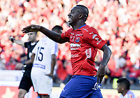 MEDELLÍN - COLOMBIA, 16-12-2018: Juan F Caicedo del Medellín celebra después que Leonardo Castro anotará el primer gol de su equipo al Junior durante partido de vuelta Final entre Deportivo Independiente Medellín y Atletico Junior como parte de la Liga Águila II 2018 jugado en el estadio Atanasio Girardot de la ciudad de Medellín. / Juan F Caicedo of Medellin celebrates after Leonardo Castro scored the first goal of his team to Junior during Final second leg match between Deportivo Independiente Medellin and Atletico Junior as a part Aguila League II 2018 played at Atanasio Girardot stadium in Medellin city. Photo: VizzorImage / Gabriel Aponte / Staff