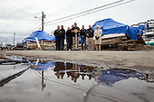 United States President Barack Obama, center, along with New Jersey Governor Chris Christie, FEMA Administrator Craig Fugate, and other officials, makes a statement after touring storm damage in Brigantine, New Jersey, Wednesday, October 31, 2012. .Mandatory Credit: Chuck Kennedy - White House via CNP