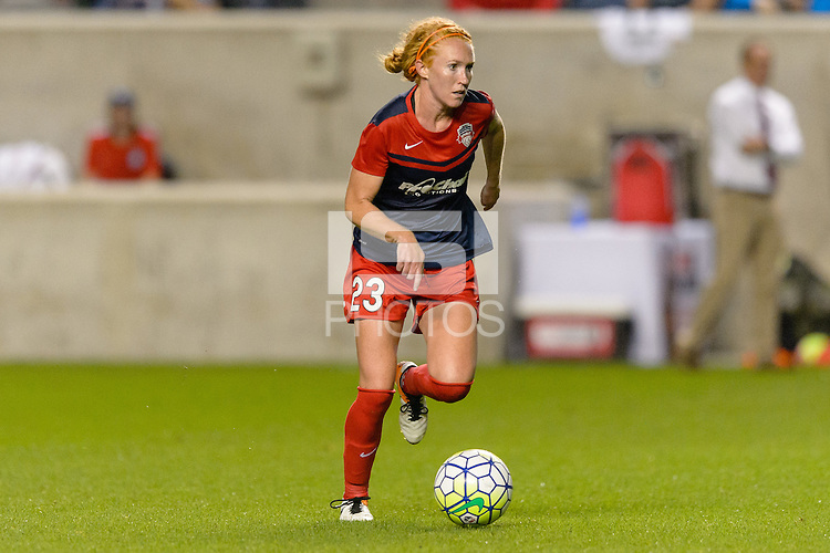 Chicago, IL - Saturday Sept. 24, 2016: Victoria Huster during a regular season National Women's Soccer League (NWSL) match between the Chicago Red Stars and the Washington Spirit at Toyota Park.
