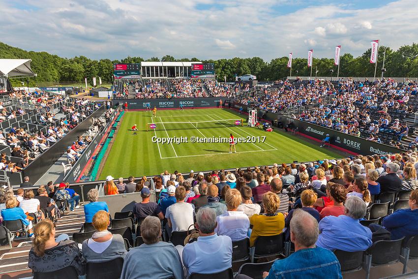 Den Bosch, Netherlands, 13 June, 2017, Tennis, Ricoh Open, Centercourt with Kiki Bertens in the back<br /> Photo: Henk Koster/tennisimages.com