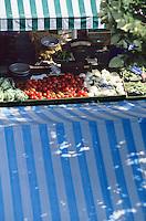 Europe/France/Provence-Alpes-Côte d'Azur/06/Alpes-Maritimes/Nice: Marché cours Saleya - Etal
