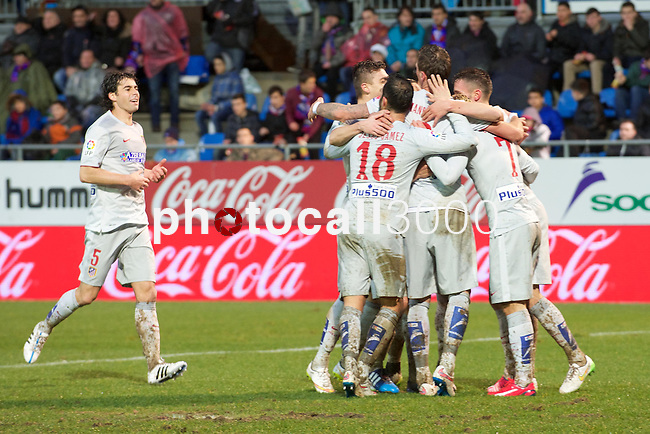 Atletico de Madrid team celebrates a goal during the league football match with Atletico de Madrid vs Eibar CF at the Ipurua stadium in Eibar on Jaunary 31, 2015. Rafa Marrodan / Photocall3000.