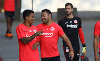 Allen Rodrigues de Souza (Eintracht Frankfurt) mit Marco Fabian (Eintracht Frankfurt) - 05.09.2018: Eintracht Frankfurt Training, Commerzbank Arena, DISCLAIMER: DFL regulations prohibit any use of photographs as image sequences and/or quasi-video.